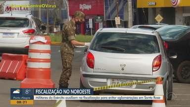Militares do Exército auxiliam na fiscalização de aglomerações em Santa Rosa - Junto com a vigilância municipal e a Brigada Militar, fiscalizaram praças e parques.