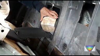 PRF apreende R$ 1 milhão em fundo falso de carro na Via Dutra - Motorista disse que estava levando o dinheiro ao Rio de Janeiro
