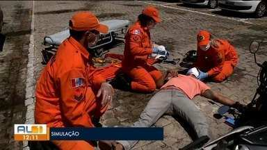Saiba o que fazer ao se deparar com um acidente antes da chegada do socorro - Douglas Lopes tem as informações.