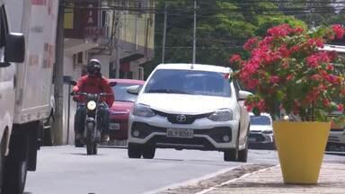 Segunda tem trânsito intenso no Centro de Rio Branco - Segunda tem trânsito intenso no Centro de Rio Branco