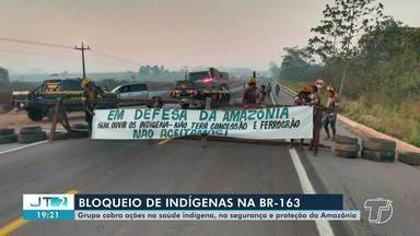 Bloqueio de indígenas na BR-163 é realizado pela defesa da Amazônia - Grupo cobra ações na saúde indígena.