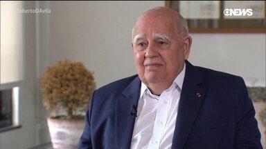 Marcos Azambuja e seu olhar sobre o Brasil e o mundo - Roberto D'Avila conversa com o diplomata e ex-embaixador do Brasil Marcos Azambuja. Além de seus trabalhos fora do país, Azambuja foi coordenador da Rio 92.