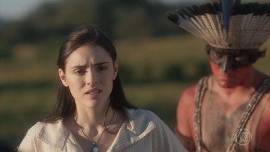 Anna teme pela vida de todos que a acompanham na busca por seu pai - Piatã e Olinto a confortam