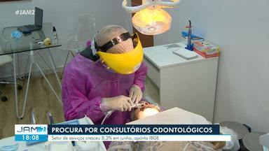 Cresce procura por consultórios odontológicos - Setor de serviços cresceu 8,3% em junho, aponta IBGE