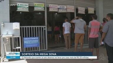Apostadores movimentam lotéricas de Macapá em busca de R$ 33 milhões da Mega Sena - Sorteio na noite desta quarta-feira (19) pode pagar valor milionário a quem acertar sozinho as 6 dezenas.