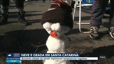 Neve e geada: 40 municípios de SC registram temperaturas negativas - Neve e geada: 40 municípios de SC registram temperaturas negativas