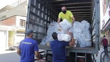 Solidariedade S/A: equipamentos hospitalares e cestas básicas - Brasileiros afetados pela crise que a pandemia provocou na economia têm recebido cestas básicas doadas por empresas.