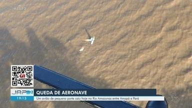 Avião de pequeno porte cai no Rio Amazonas após pouso forçado - Acidente aconteceu em trecho entre o Amapá e o Pará. Os três tripulantes, todos homens, não sofreram ferimentos graves e foram resgatados e trazidos para Macapá pelo helicóptero do Grupo Tático Aéreo (GTA), do Amapá.