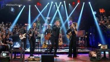 Relembre apresentação de Sandy e Junior com Michel Teló - Ouça músicas marcantes que foram cantadas no Altas Horas