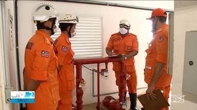 Treinamento de moradores pode salvar vidas em incêndios - A repórter Laís Rocha tem mais informações.