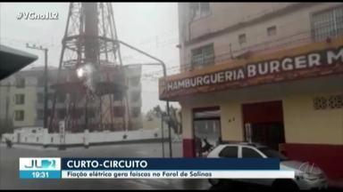 Fiação elétrica gera faíscas no farol de Salinópolis - Fiação elétrica gera faíscas no farol de Salinópolis