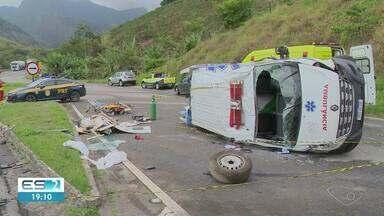 Ambulância se envolve em batida no trevo de Mimoso, na BR 101, ES - Confira na reportagem.