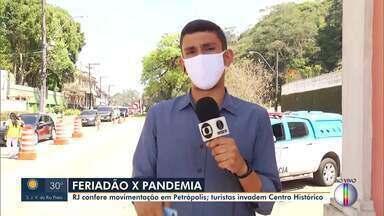 Petrópolis, RJ, recebe turistas no feriado da Independência - Segundo a Associação Brasileira da Indústria Hoteleira, a ocupação dos quartos para o feriado gira em torno de 90%. Barreiras sanitárias fiscalizam acessos à cidade.