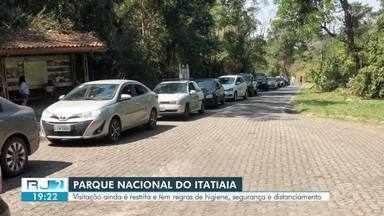 Parque Nacional do Itatiaia atinge limite de visitantes no primeiro dia de feriado - Local está funcionando com restrições e orientações de segurança para evitar contágio do coronavírus.