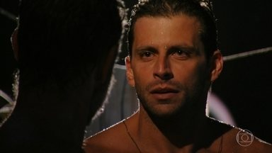 Cassiano tenta convencer Duque a fugir com ele - Ele e Ester pensam um no outro. Alberto prepara um jantar para os dois