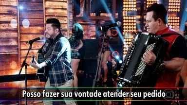 Bruno e Marrone começam cantando no 'Domingão do Faustão' - Confira!
