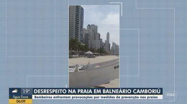 Banhistas provocam bombeiros em Balneário Camboriú em vídeo - Banhistas provocam bombeiros em Balneário Camboriú em vídeo