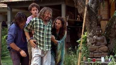 Tereza Cristina atropela Álvaro - Ele tenta acalmar a irmã. Tereza Cristina decide pagar a Íris para manter seu segredo guardado