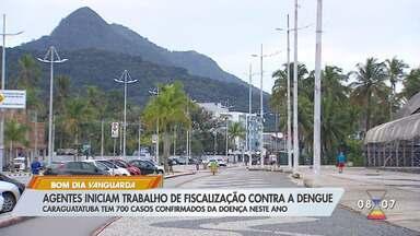Agentes iniciam trabalho de fiscalização contra a dengue em Caraguá - Tem 700 casos confirmados da doença neste ano.