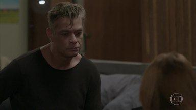Eliza avisa a Arthur que ele será apenas seu empresário - Jojô pede desculpas por ter desconfiado de Eliza. A ruiva agradece, mas diz que não vai voltar com Arthur