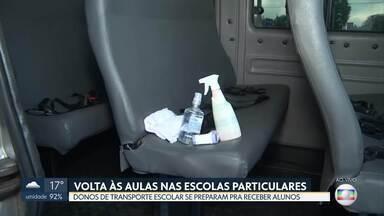 Com a volta das aulas, donos de vans escolares se preparam para retomar serviço - Como o GDF não regulamentou como os motoristas devem carregar as crianças, os motoristas estão criando os próprios critérios de higiene.