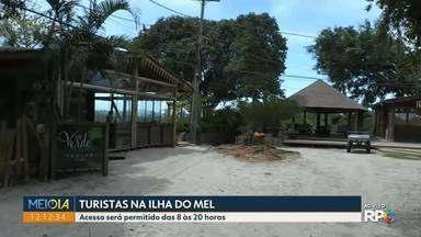 Ilha do Mel reabre com regras mais rigorosas para visitação - Acesso será permitido das 8 às 20 horas. Público será de 2,5 mil pessoas por dia.