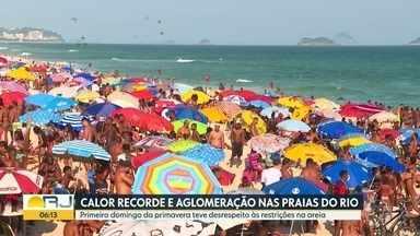 Praias do Rio têm aglomeração no domingo - Dia foi de desrespeito às restrições na areia.