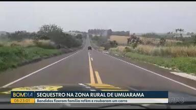 Família é feita refém na zona rural de Umuarama - Um dos bandidos tentou fugir com o carro roubado e foi perseguido pela polícia.