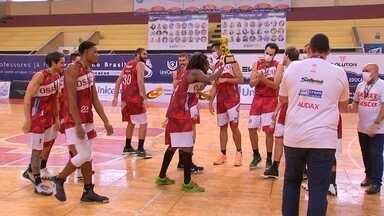 LSB fica em terceiro lugar na Copa São Paulo de Basquete - Os jogos da Copa São Paulo de Basquete foram realizados em Sorocaba (SP) e a LSB ficou em terceiro lugar.