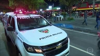 Manaus tem aglomeração no primeiro fim de semana de casas de show e bares fechados - Polícia fiscalizou 62 estabelecimentos. 18 foram fechados e dez foram multados.