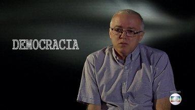 Projeto Educação: professor fala sobre o nascimento da democracia - Edição especial traz matérias exibidas em anos anteriores.