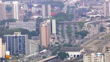 Radial Leste têm trânsito intenso neste começo de tarde, na altura do Belém - Salim Farah Maluf também registra trânsito intenso, no sentido da Marginal.
