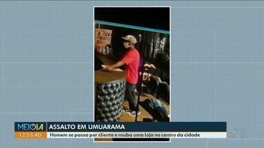 Assaltantes rendem funcionários e clientes de mercado para roubar carne e cerveja - Imagens das câmeras de segurança mostram ação dos bandidos.