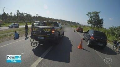 Ciclista morre atropelado enquanto fugia de assalto na BR-101 - Pessoas que passam pelo local reclamaram da insegurança.