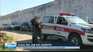 Internos fogem do Lar do Garoto em Lagoa Seca - Cinco socioeducandos fugiram e três deles foram recapturados ainda na região.
