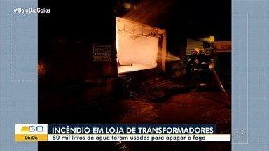 Incêndio atinge loja de transformadores em Morrinhos - Bombeiros combateram as chamas por cerca de três horas.