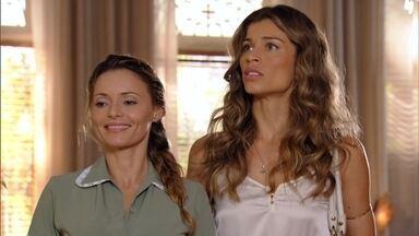 Ester encontra Guiomar na mansão - Guimoar se apresenta como sogra de Ester