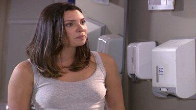 Capítulo de 30/07/2020 - Nesta temporada de Malhação, Sophie Charlotte e Rafael Almeida interpretam o casal de protagonistas Angelina e Gustavo.