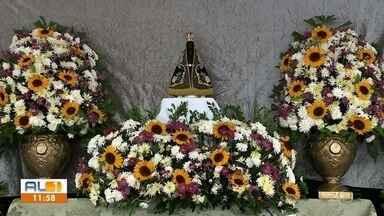 Missa de Nossa Senhora Aparecida é realizada no Inocoop, em Maceió - Missa campal homenageou a Padroeira do Brasil.