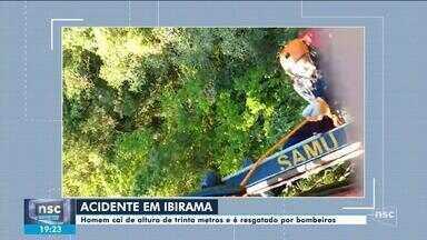Homem é resgatado após cair de uma altura de 30 metros durante rapel em Ibirama - Homem é resgatado após cair de uma altura de 30 metros durante rapel em Ibirama