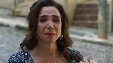 Francesca se vê obrigada a criar os filhos sem o marido - Ele desaparece sem dar notícias e a deixa com Tancinha, Carmela, Shirlei e Giovanni