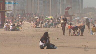 Mesmo com pandemia de Covid-19, litoral gaúcho teve movimento durante o feriadão - Assista ao vídeo.