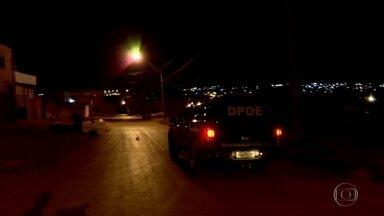 Dezessete presos fogem durante a madrugada do complexo de segurança máxima da Papuda - As buscas pelos fugitivos continuam.