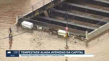 Chuva volta a causar transtornos em várias regiões de São Paulo - Pelo segundo dia seguido, a capital entrou em estado de atenção por causa das chuvas fortes que caíram nesta terça-feira (20). Uma descarga elétrica afetou a Linha 11-Coral da CPTM.