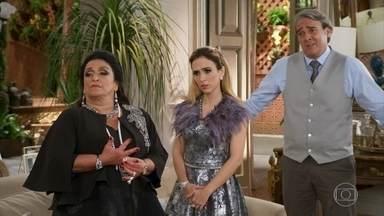 Teodora apoia o casamento de Fedora com Leozinho, contrariando Aparício - Camila foge da mansão