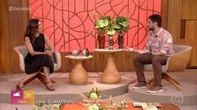 Programa de 23/10/2020 - Fátima Bernardes conversa com especialista sobre a grande incidência de raios no território brasileiro e também mostra o retorno de animais resgatados dos incêncios à vida selvagem no pantanal. O grupo Fundo de Quintal faz a música e Bráulio Bessa homenageia os 80 anos de Pelé com cordel