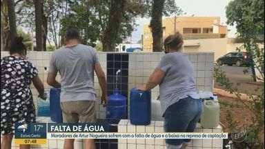 Moradores de Artur Nogueira sofrem com a falta de água e a baixa na represa de captação - Moradores relatam que estão há três dias sem água. Segundo a prefeitura, o abastecimento foi prejudicado por conta da falta de chuvas na região.