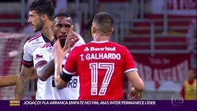 Jogaço! Flamengo arranca empate no finzinho contra o Inter, que continua líder - Internacional e Flamengo empataram em 2 a 2 em um dos melhores jogos do Campeonato Brasileiro.