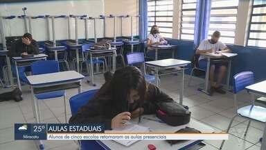 Cinco escolas estaduais já estão tendo as aulas presenciais no Vale do Ribeira - Até o momento, são apenas alunos do Ensino Médio.
