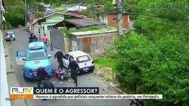 Homem é agredido por policiais enquanto voltava da padaria, em Petrópolis, no RJ - PM investiga vídeo que circula na web de abordagem violenta de policiais. As imagens mostram viatura fechando a passagem de um motociclista que vinha em sentido contrário. Após colisão que atingiu um terceiro veículo, os policiais agridem o homem e, em seguida, o imobilizam no chão.
